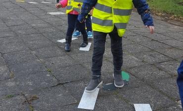 """Fizinio aktyvumo veikla su """"Kodėlčiukų"""" grupės vaikais"""